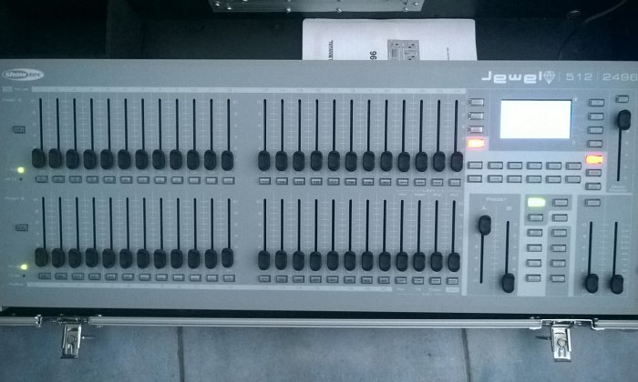 Showtec Jewel 512CH Lighting Desk
